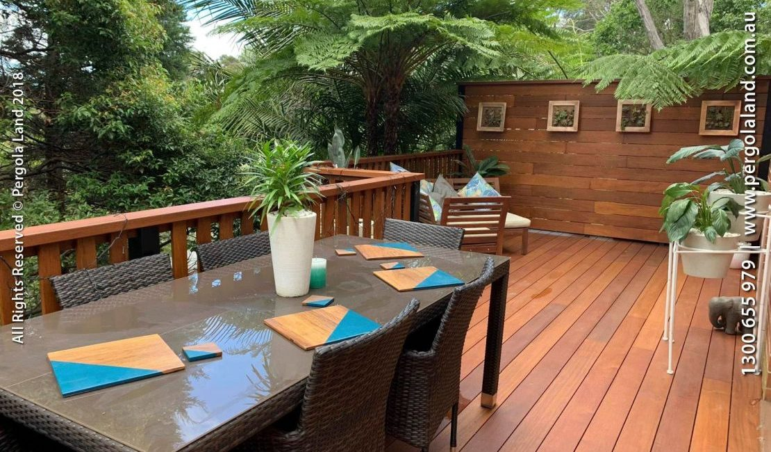 Deck in hornsby Heights By Pergola Land